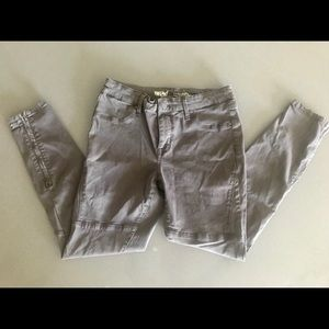 charcoal jegging jeans